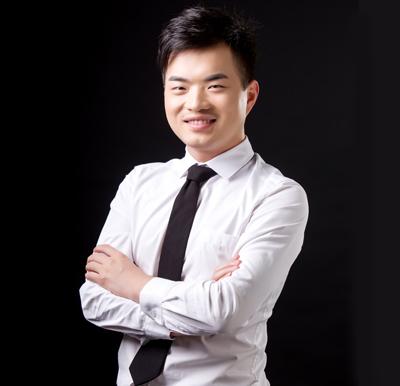 杨佳奇(营销总监)